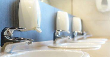 Dispenser são um dos problemas no banheiro da empresa